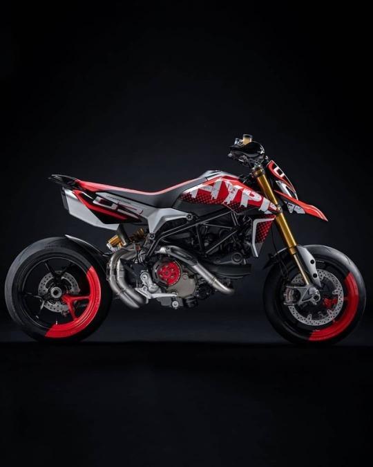 Hypermotard 950 Concept by Ducati Centro Stile