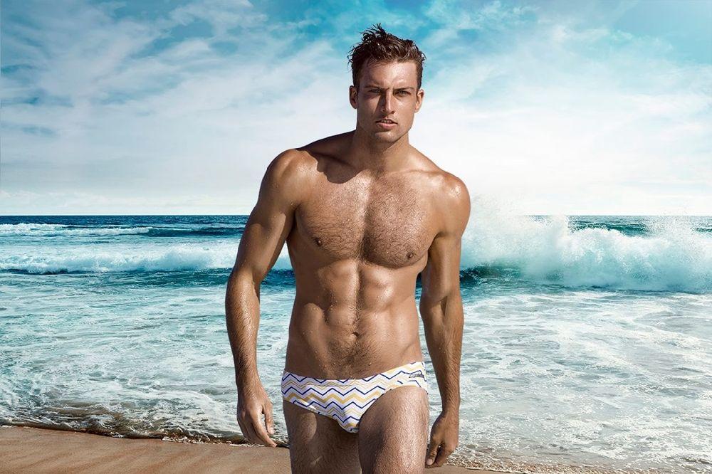можно фотоподборка красивых парней на пляже этой