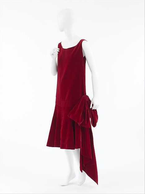 original 1920s dress in red velvet