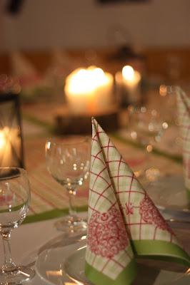 Hüttenabend vor der Hochzeit, Hochzeit in Bayern, edel-bayerisch, Himmelblau und Edelweiss, heiraten in Garmisch-Partenkirchen, Hochzeitslocation Riessersee Hotel, wedding destination abroad, Germany, Bavaria, blue and white