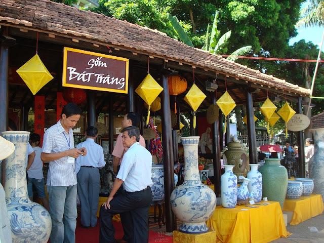 Bat Trang - Traditional ceramic village in Hanoi 1