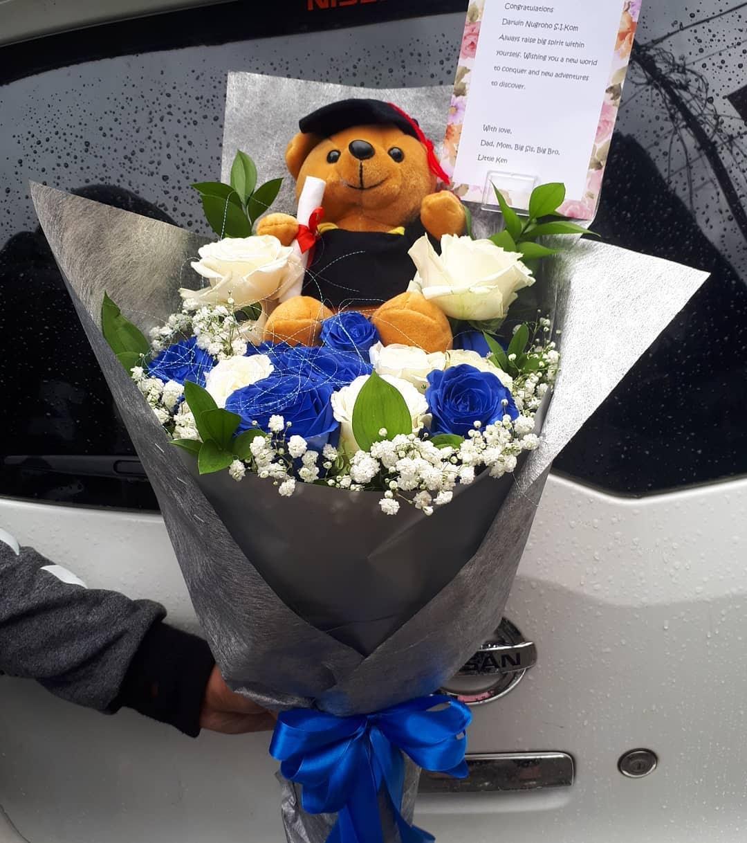 Karangan Bunga Tangan Hand Bouquet 036