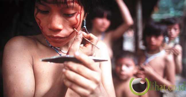 Yanomami Suku Pribumi