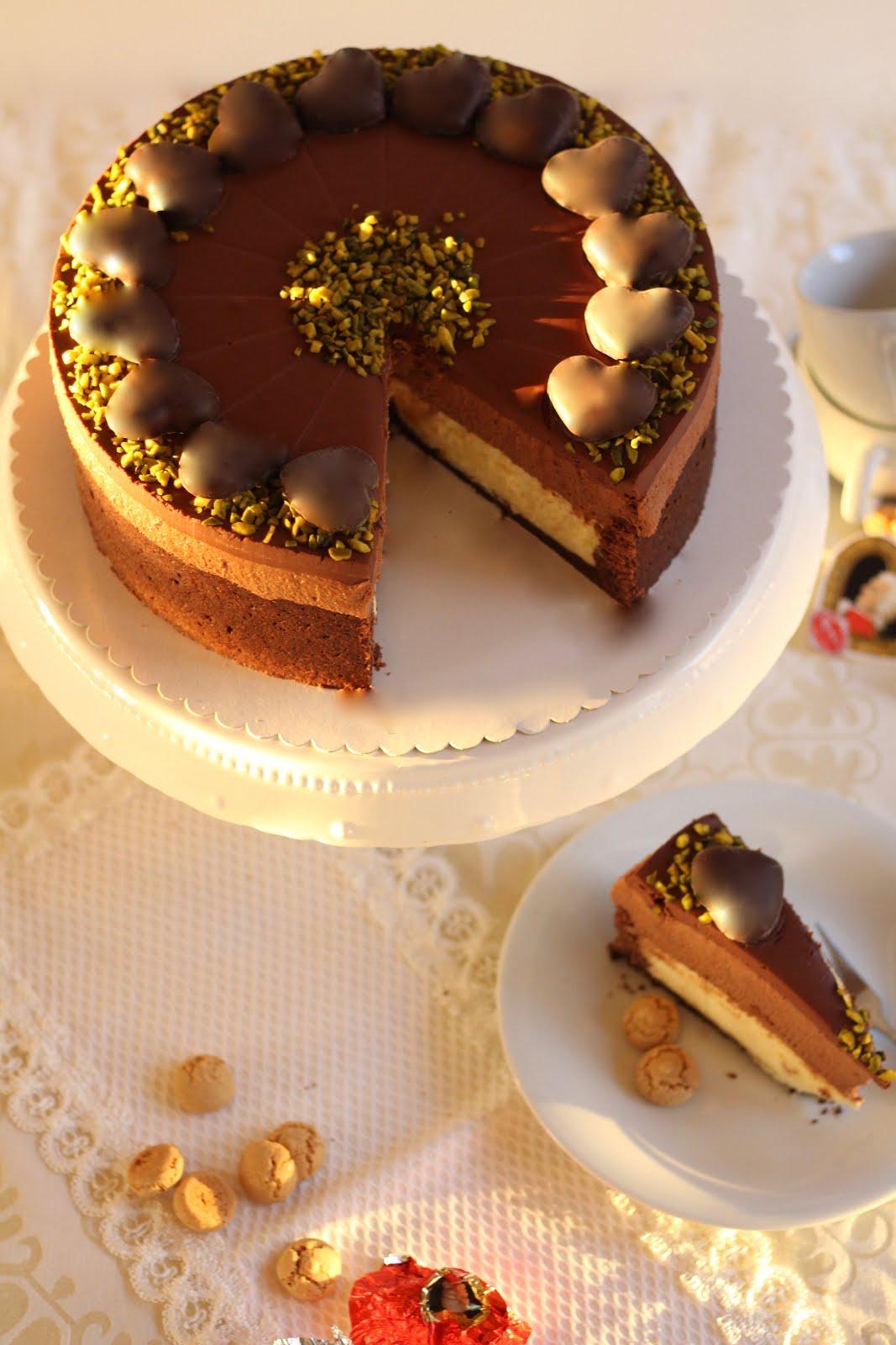 Unwiderstehliche Mozart-Torte mit Nougat-Sahne und Marzipan-Quark-Creme | Rezept und Video von Sugarprincess