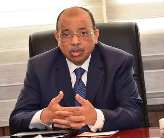 وزير التنمية المحلية يصدر قراراً بتنظيم مواعيد فتح وغلق المحلات والمطاعم العامة والكافيهات والورش والأعمال الحرفية
