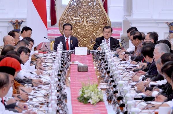 Jalur Sunyi Kabinet Kerja