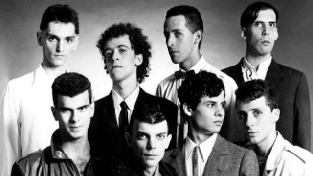 Titãs: O primeiro álbum da carreira de uma das maiores bandas do rock brasileiro completa 35 anos.