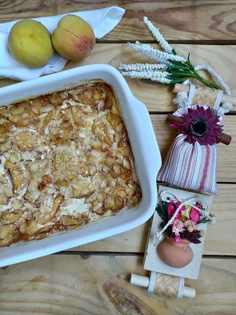 Tarta de duraznos. Receta, fruta, postre de verano, temporada, sencillo, fácil, rápido, rico, saludable. Cuca