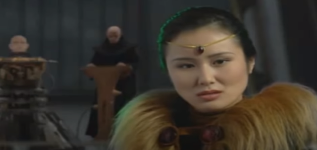 Screencap of FMV cutscene featuring House Ordos Mentat from Emperor: Battle for Dune