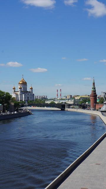 Фото храма Христа Спасителя с Большого Москворецкого моста