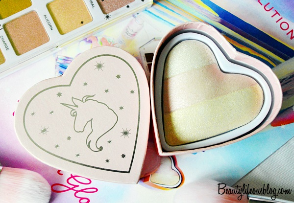 I Heart Revolution Unicorn Heart - Glow Heart Highlighter Review