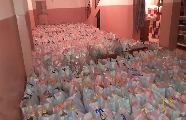 توزيع  500 قفة على العائلات المحتاجة ببلدية عين مران