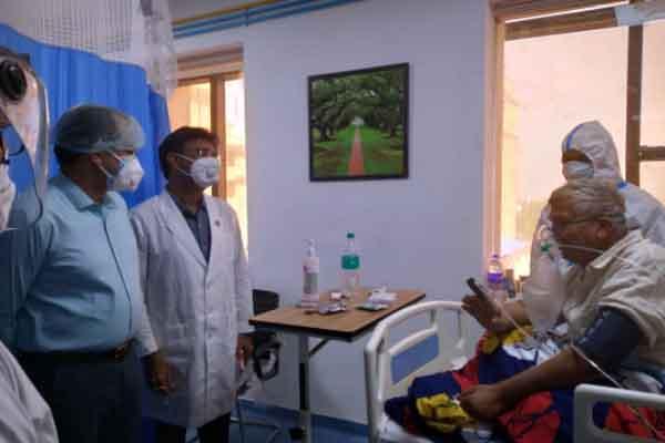 RUHS और जयपुरिया हॉस्पिटल का कलेक्टर नेहरा का औचक निरीक्षण, मरीजों का जाना हालचाल