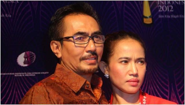 Guru Spiritual Gatot Brajamusti Bersama Istri Ditangkap Polisi Di Kamar Hotel