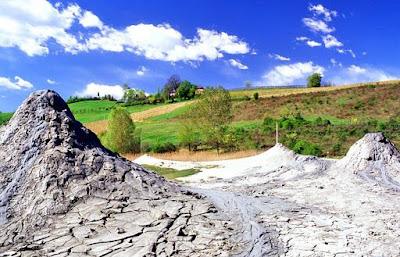 riserva naturale salse di Nirano Sassuolo Modena gite-fuori porta emilia