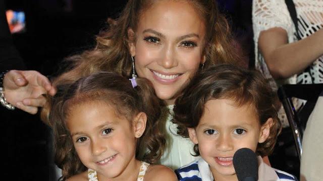Putri Remaja Jennifer Lopez, Emme Rilis Buku Anak Tentang Pentingnya Berdoa