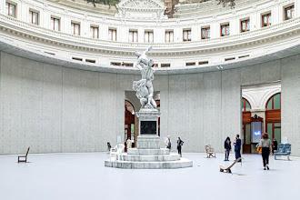 Paris : Bourse de Commerce - Pinault Collection, Ouverture. Un nouveau musée dédié à l'art contemporain. L'oeil du collectionneur, ses choix, ses goûts - Ier