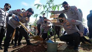 Sambut Hari Bhayangkara ke 75, Polda Sulsel Gelar Aksi  Penanaman Pohon Pelindung di Gowa