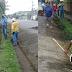 Huelguistas con pala en mano aprovechan para limpiar comunidad en la Zona Sur