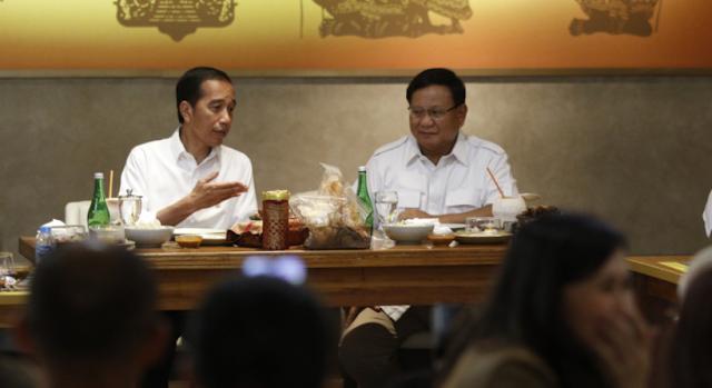 Pertemuan Jokowi - Prabowo Sekaligus Tutup Buku Cerita Pesta Demokrasi yang Diakhiri Everybody Happy