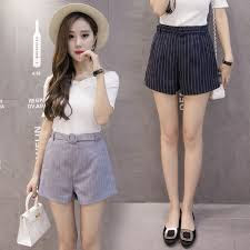 Fashion Wanita Celana Pendek