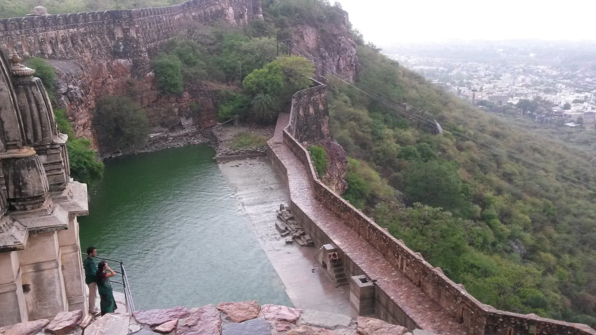 Chittorgarh-Fort-Gudie-history-timing-visit-tourist-places (4)