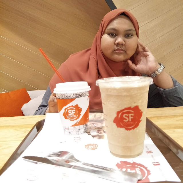 MENGOPI DI SF COFFEE R&F MALL