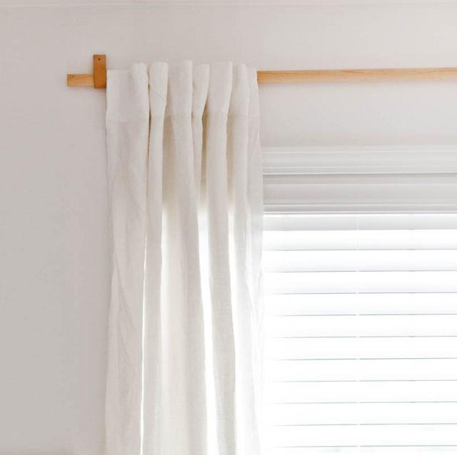 Per decorare le pareti prova poi le carte da parati, stickers, cornici, stampe e specchi. Diy Bastone Per Tende Fai Da Te Economico