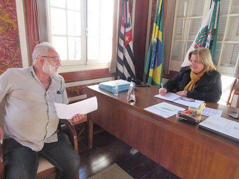 Presidente da Câmara Municipal se reúne com diretor da Escola Agrícola