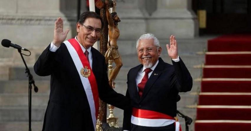 VIVIENDA: Javier Román Pique Del Pozo juramentó como nuevo Ministro de Vivienda, Construcción y Saneamiento (2 Abril 2018) www.vivienda.gob.pe