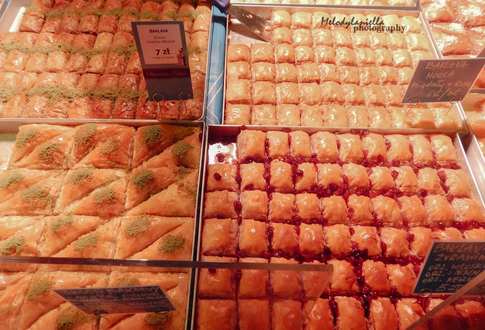 9 street food festival łódź piotrkowska 217 foodtruck jedzenie piwo wino burgery frytki cydr baklava burek kuchnia śródziemnomorska gdzie zjeśc w łodz