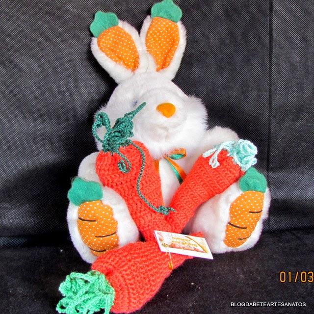 Cenoura da Pascoa em Crochê com Chocolate