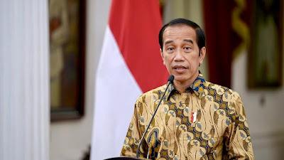 Jokowi : PPKM Level 4 Dilanjutkan dengan Penyesuaian di Sejumlah Sektor