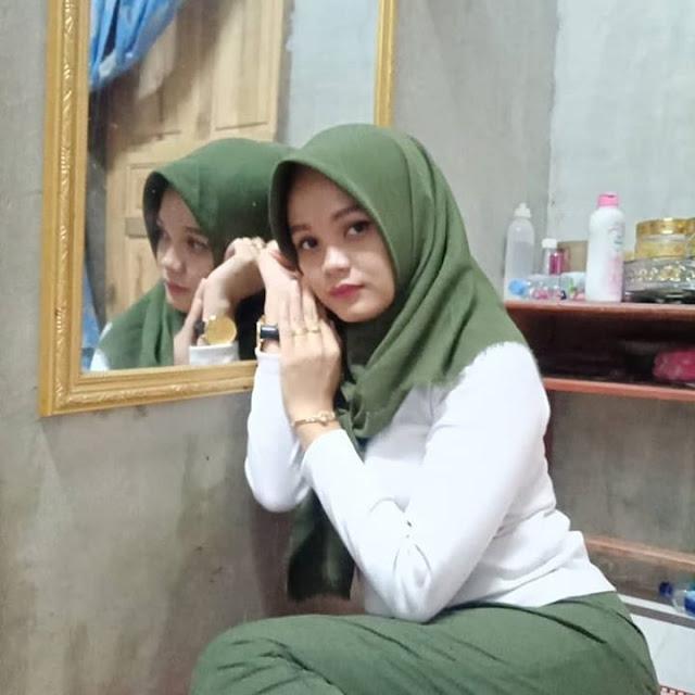 Novita Hijab Indonesia Natural Beauty