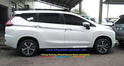 mitsubishi xpander ultimate white