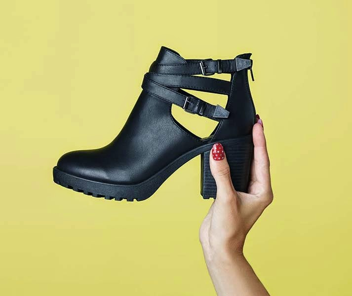 Primark zapatos: botas cut out