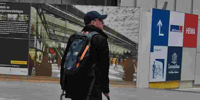 New AI-powered backpack can show the path to the visually impaired