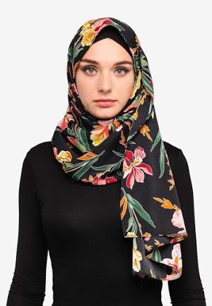 Hijab Muslim Hitam