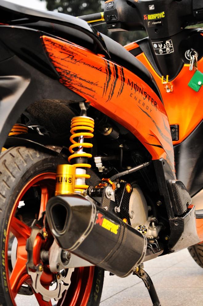 Sơn xe Honda SH màu cam Z1000