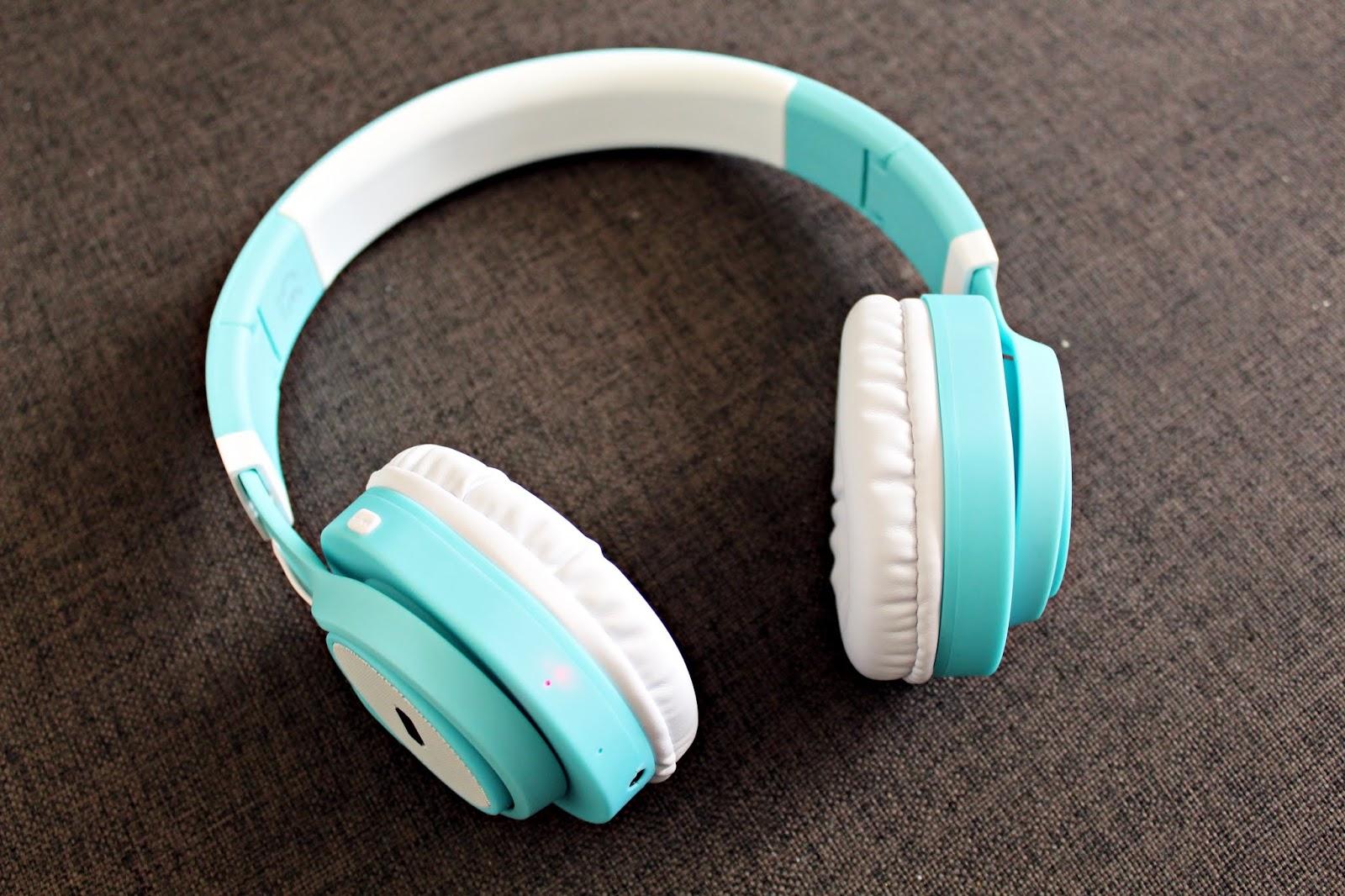 Poczuj ulubione dźwięki - słuchawki nauszne z mikrofonem BLUETOOTH AP-B04 - IziGSM