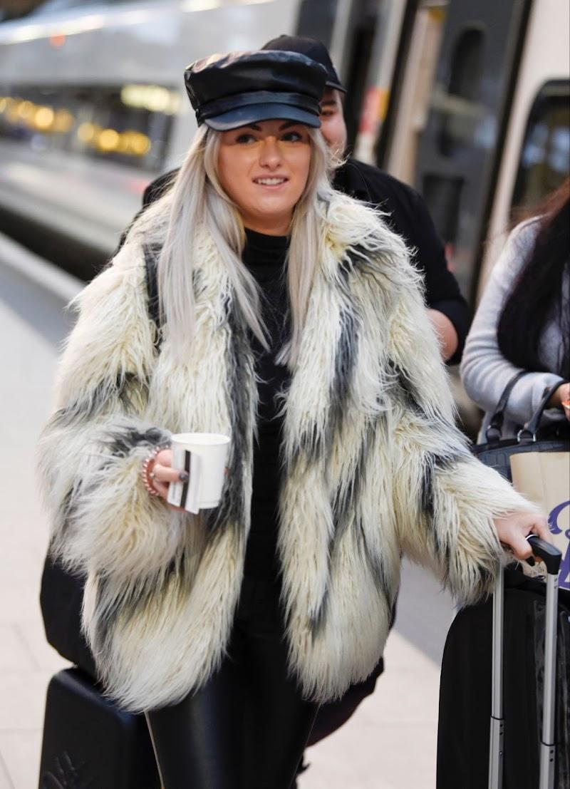 Katie McGlynn Clicked Outside in London 27 Jan-2020