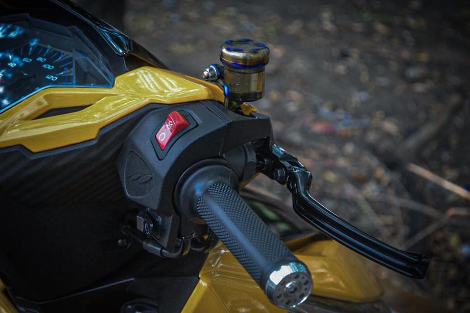 Honda Vario 150 'lột xác' với tông vàng đen cực sang chảnh