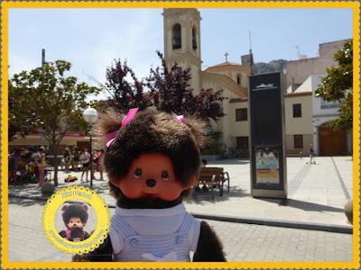 Diana la Monchhichi à l'Estartit en Catalogne