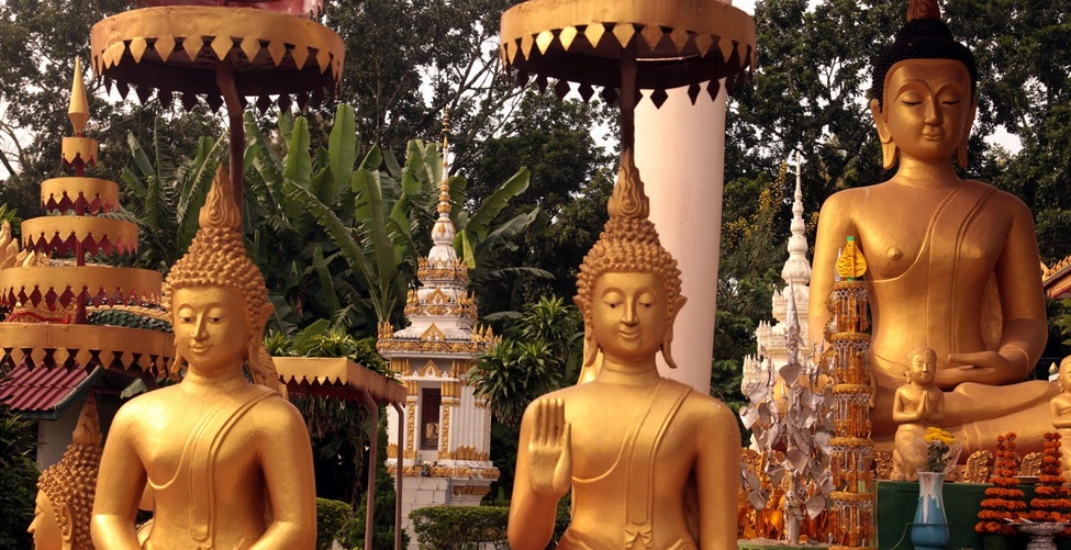 Wat Si Saket in Laos: The museum of thousands of Buddhist statues in various sizes
