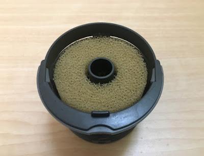 エーハイムプレフィルター吸水ケース内のスポンジ