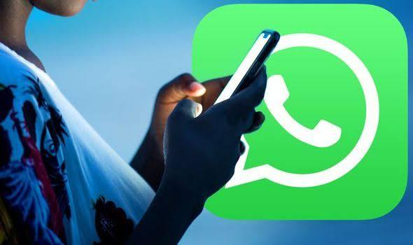 Send apps on whatsapp
