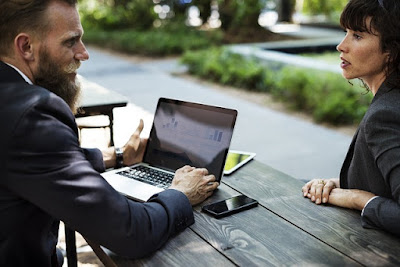 Pentingnya Komunikasi Bisnis Untuk Kelancaran