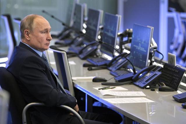 Ο Πούτιν, η Ουκρανία και ο Μπάιντεν