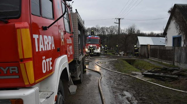 Égő házból mentette ki gyerekeit egy nő Tarpán – Perceken múlt az élete