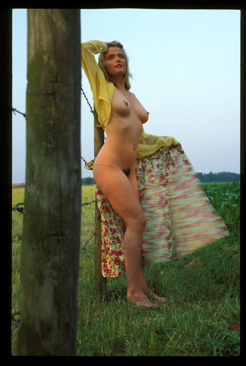 Met-Art 20040612 - Corinna B - Polena - by Federov